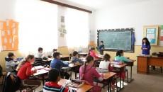 Toate școlile din comuna Daneți au fost reabilitate, dar numărul copiilor este din ce în ce mai mic (Foto: Lucian Anghel)