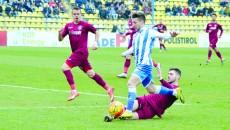Alexandru Băluţă speră să contribuie la o victorie pe terenul celor de la CFR Cluj (Foto: Alexandru Vîrtosu)