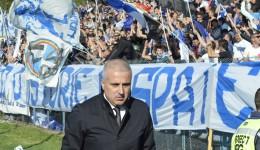 Suporterii CSU vor schimbări, managerul Felix Grigore nu-i bagă în seamă (foto: Alexandru Vîrtosu)