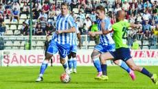 Alb-albaştrii au luptat pentru fiecare balon, iar fotbalul i-a răsplătit la final (Foto: Alexandru Vîrtosu)
