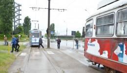 După trei ani, craiovenii  pot circula cu tramvaiul (Foto: Claudiu Tudor)