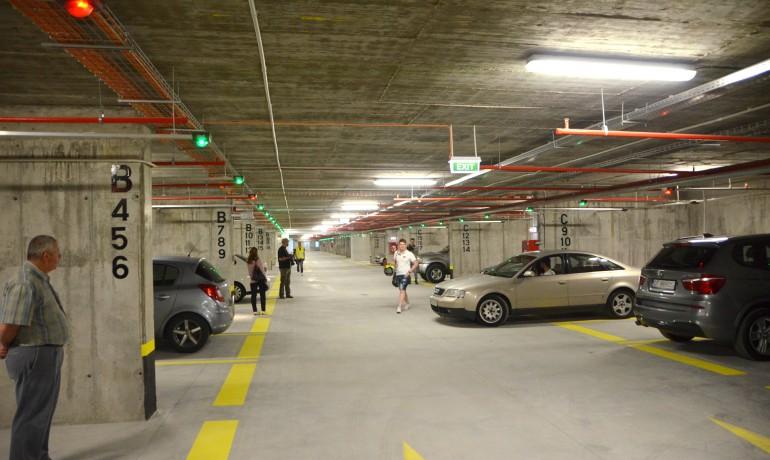 Craiovenii au la dispoziție două zile să folosească, în mod gratuit, parcarea subterană din centrul orașului (Bogdan  Grosu)