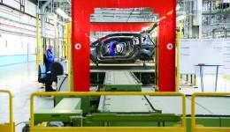 Ford a coborât pe locul șase în rândul angajatorilor doljeni, de pe locul patru anul trecut. Compania avea 2.665 de angajați în iunie 2015. Acum are mai puțin cu 34 de angajați.