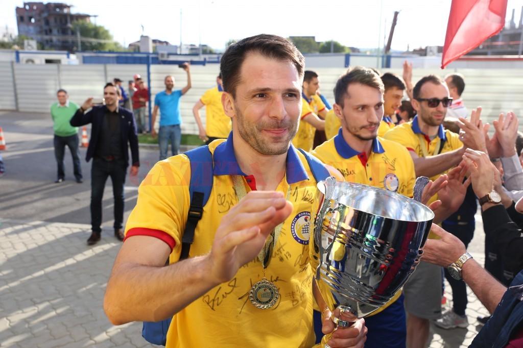 Laurențiu Lică va juca și în sezonul viitor pentru echipa SCM-U Craiova (foto: Claudiu Tudor)