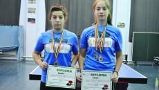 Oana Anghelescu (stânga) și Daniela Bărzoi vor participa la Top 12 junioare, competiție găzduită de Craiova