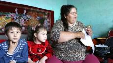 Virginia Staicu, alături de cei doi copii (Foto: Lucian Anghel)