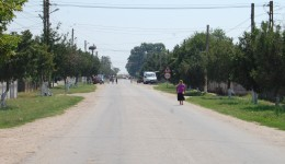 Mai mulți bătrâni din Catane au rămas fără bani după ce i-au depus la Poșta din comună (Foto: Arhiva GdS)