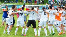Jucătorii din Cetate au încins hora bucuriei la finalul derbiului cu Viitorul Cârcea