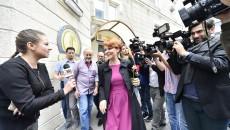 Primarul Craiovei a aflat, ieri, că procurorii DNA i-au pus sechestru pe sumele de bani deținute în conturi (Foto: Agerpres)