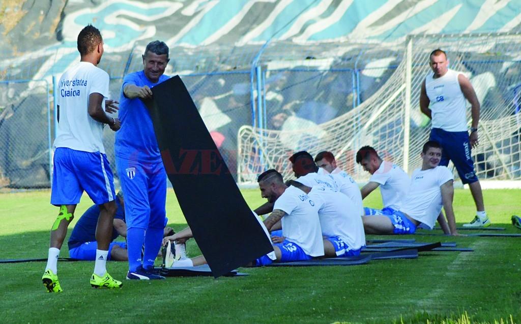 Gigi Mulţescu speră ca Nuno Rocha să-i ajungă rapid pe colegii săi din punct de vedere fizic, după ce a pierdut prima parte a pregătirii din Austria (Foto: Alexandru Vîrtosu)