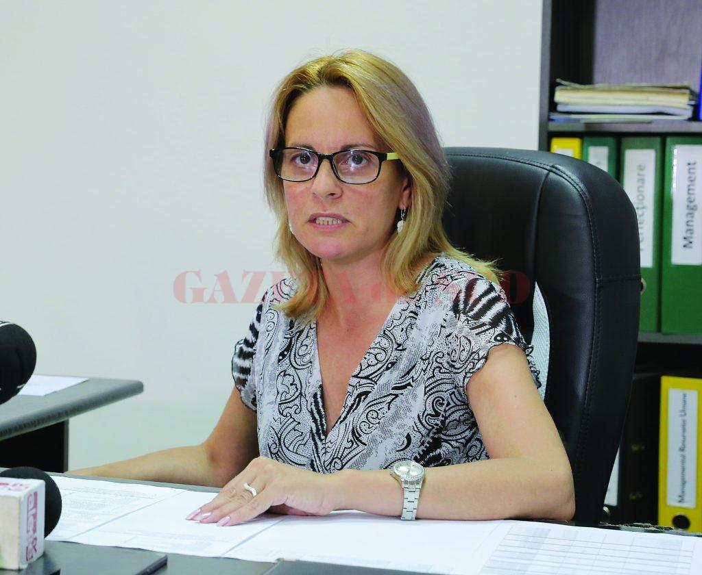 Inspectorul școlar general adjunct Janina Vașcu a precizat că primele ședințe de distribuire a posturilor didactice din județul Dolj vor fi pe 8 și 9 august (Foto: Lucian Anghel)