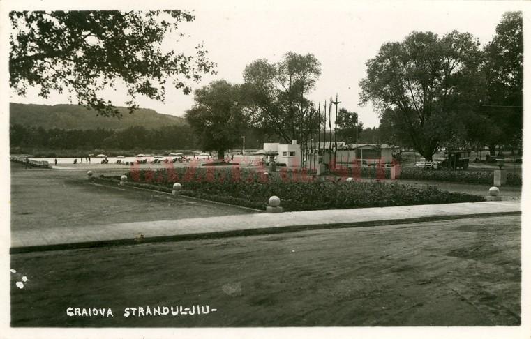 Ștrandul de la Jiu din Craiova anilor 1935-1936 (Foto: Arhiva GdS)
