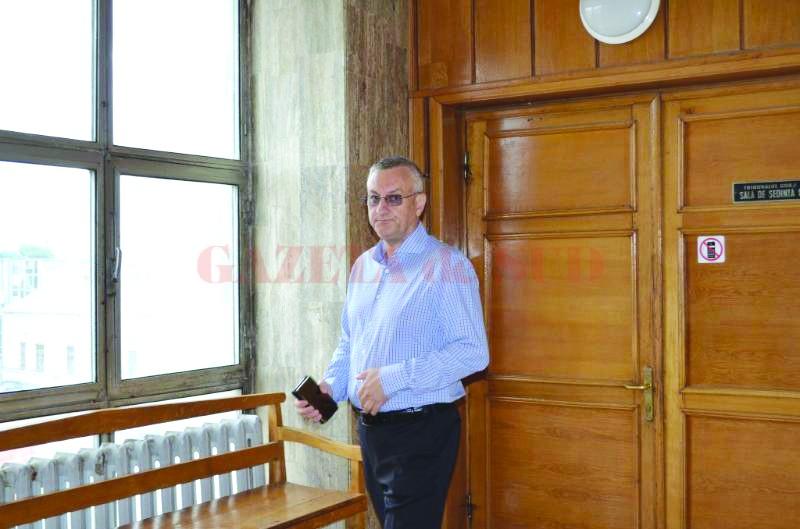 Daniel Antonie  este membru  al Directoratului CEO