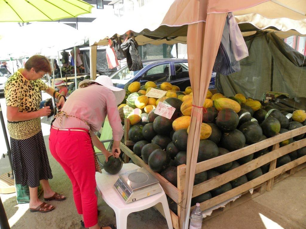 Toţi comercianţii vor fi obligaţi să se înregistreze şi să facă analiza produselor pe care urmează să le comercializeze