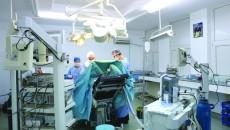 Imagini din timpul operațiilor realizate în urmă cu aproximativ o lună și jumătate în cazurile a nouă pacienți, la Spitalul Județean de Urgență Craiova