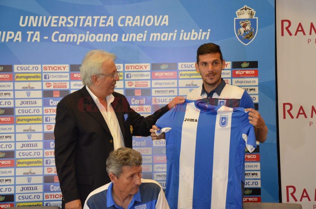 Kelic și-a ales tricoul cu numărul șase (foto: Alexandru Vîrtosu)
