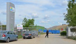 Firma care administrează groapa de gunoi de la Mofleni, Eco Sud, a fost amendată de Garda de Mediu pentru că nu a acoperit celulele de depozitare a deşeurilor (Foto: Arhiva GdS)