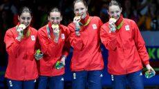 Noile campioane olimpice: Loredana Dinu, Simona Gherman, Simona Pop și Ana Maria Popescu (foto: FRScrimă)