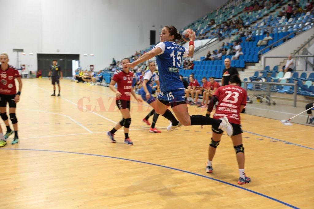 Valentina Ardean Elisei a disputat primul său meci pentru Craiova (foto: Claudiu Tudor)