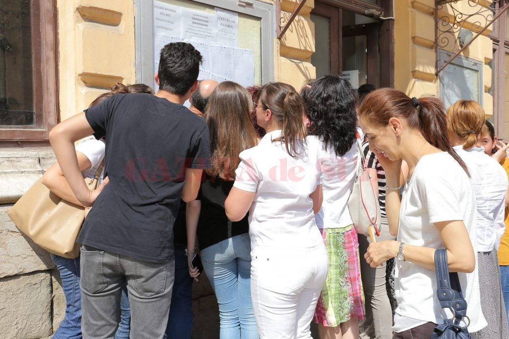 În județul Vâlcea au fost repartizați 2162 de elevi din învățământul liceal de stat, dintre care 1283 candidați la filiera teoretică