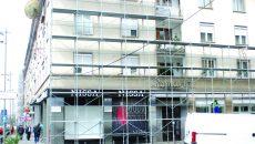 Conducerea Asociaţiei Romarta consideră că firma a lucrat ilegal la reabilitarea faţadei (Foto: arhiva GdS)
