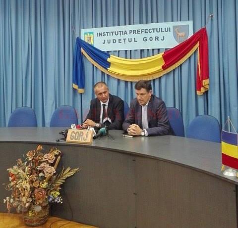 Costin Borc (foto dreapta) vrea restructurări  în toate companiile de stat (FOTO: Eugen Măruţă)
