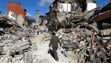 Copiii orfani după cutremurul din Italia vor beneficia de 6.000 de euro ca ajutor de urgență (FOTO: criticarad.ro)