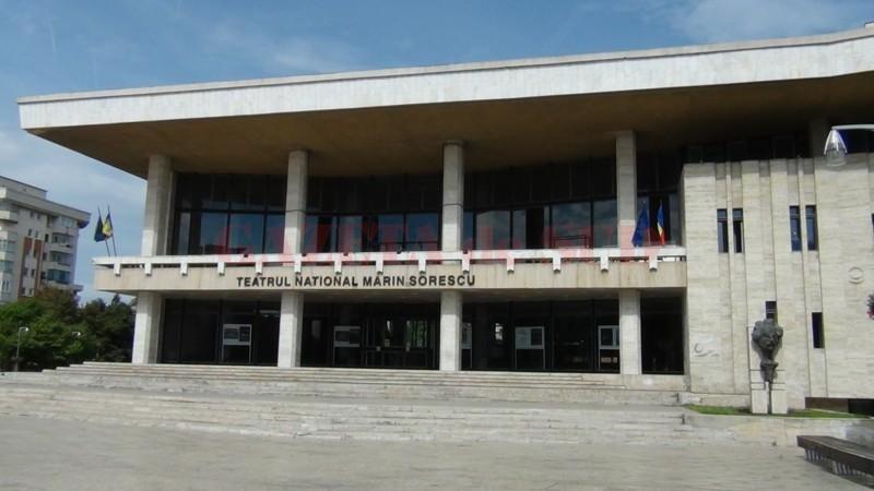 2-teatrul-national-marin-sorescu-din-craiova-si-a-prezentat-proiectele-pentru-stagiunea-2013-2014