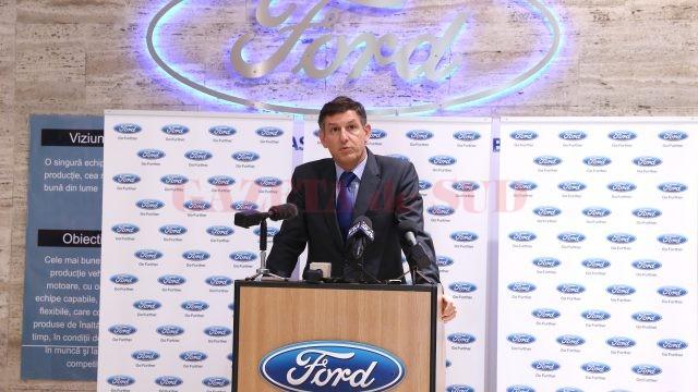 Vicepremierul Costin Borc a pus accent pe faptul că infrastructura ajută și furnizorii locali. În discursul său de la Craiova a amintit de patru ori despre încurajarea furnizorilor locali.