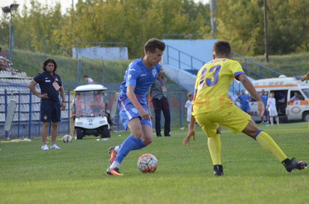 Olivian Surugiu a fost cel mai bun jucător de pe teren (Foto: Alexandru Vîrtosu)