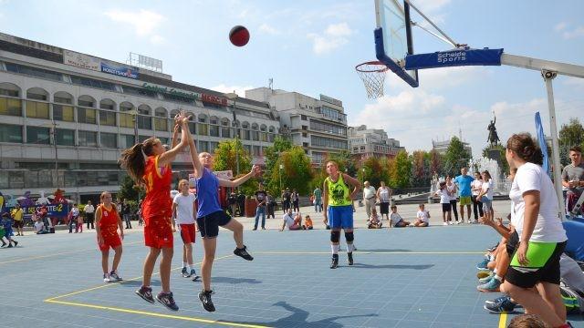 Streetball-ul este un sport foarte popular în rândul craiovenilor (Foto: Arhiva GdS)