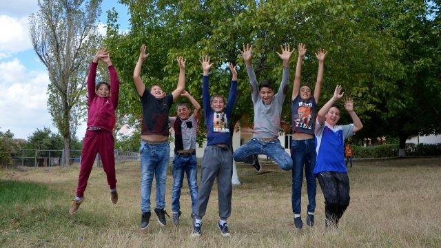Bucuria copiilor nu ţine cont de greutăţi (Foto: Bogdan Grosu)