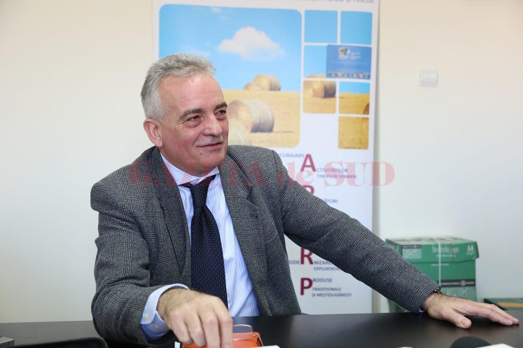 Daniel Popescu, directorul Oficiului Judeţean pentru Investiţii Rurale Dolj
