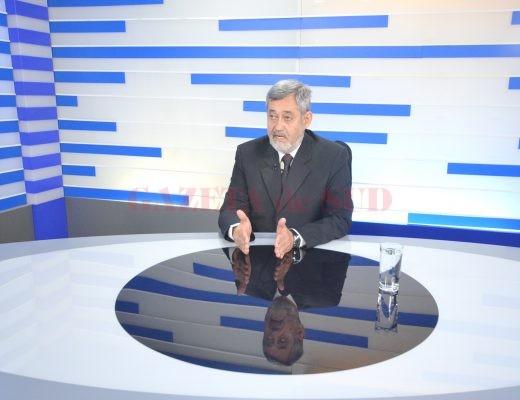Președintele CCI Dolj, Gabriel Vlăduț, a precizat că este nevoie de infrastructură și de mai multe lucruri pentru a fi interesați investitorii să vină în Craiova (FOTO: Traian Mitrache)