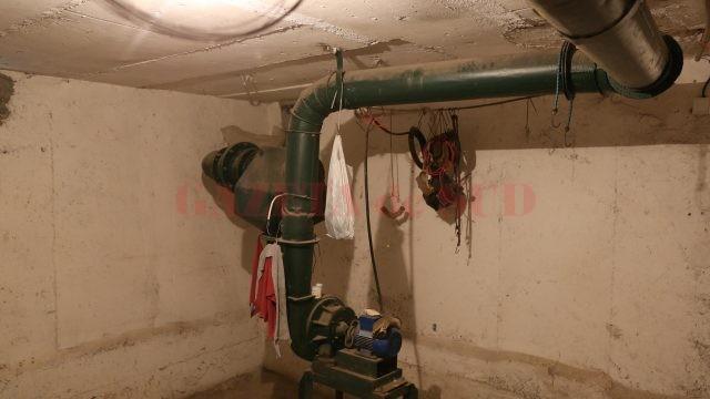 Instalație de aer  din adăpostul antiaerian (Foto: Lucian Anghel)