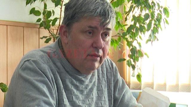 Doctorul Ștefan Popescu a precizat că în urma triajului epidemiologic realizat în școlile din Dolj, 669 de elevi au fost depistați cu diverse afecțiuni, multe fiind de natură infecțioasă. În nici unul din cazuri nu s-a luat măsura de a dezinfecta spațiile de învățământ în care au fost identificate cazurile de îmbolnăvire. (Foto: Arhiva GdS)