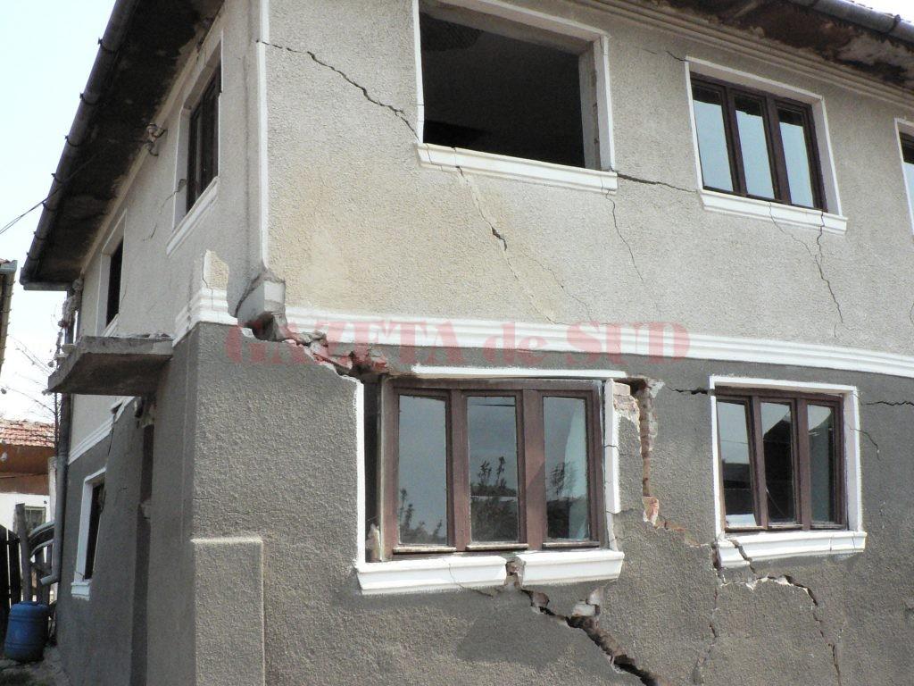 Casele din Gorj nu sunt asigurate, deşi sunt în zone cu probleme