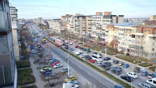 Multe dintre blocurile din Craiova, construite înainte de 1978, s-ar putea prăbuși la un eventual cutremur (Foto: Arhiva GdS)