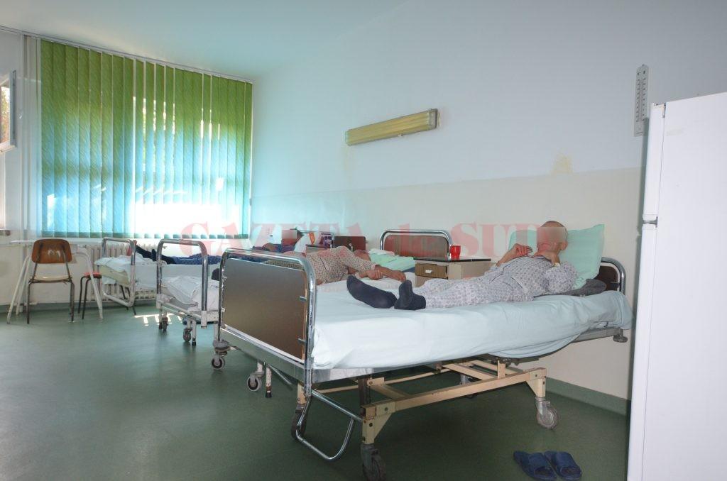 Secțiile de Cardiologie ale spitalelor din Oltenia sunt de multe ori depășite de numărul de bolnavi (FOTO: Traian Mitrache)