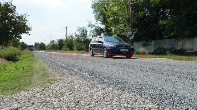 Șoferii care circulă pe DN 6B Craiova - Hurezani trebuie să respecte restricțiile de viteză, pentru a evita riscul producerii de incidente rutiere  (Foto: Bogdan Grosu)