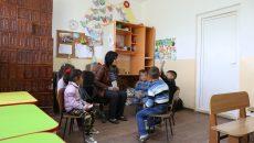 Tichetele de 50 de lei se acordă copiilor care provin din familii cu venituri mai mici de 284 de lei pe fiecare membru