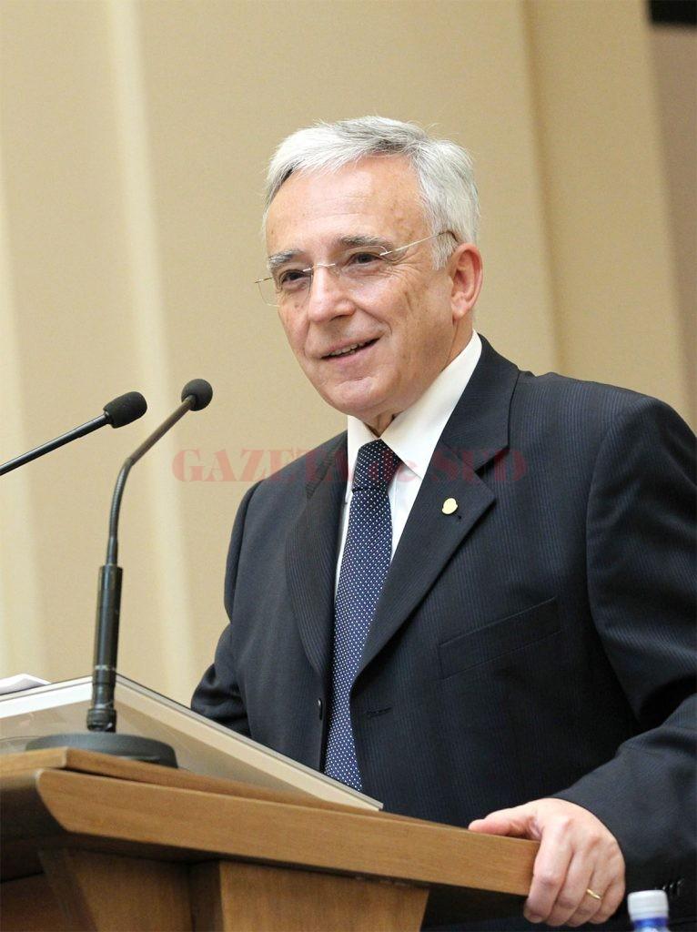 Mugur Isărescu prezintă Raportul asupra inflaţiei