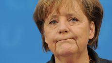 Bundeskanzlerin Angela Merkel (CDU) gibt am Montag (21.02.2011) im Konrad-Adenauer-Haus in Berlin eine Pressekonferenz zur Hamburg-Wahl. Die CDU kam in Hamburg mit 21,9 Prozent auf das schwächste Wahlergebnis seit Kriegsende. Foto: Rainer Jensen dpa