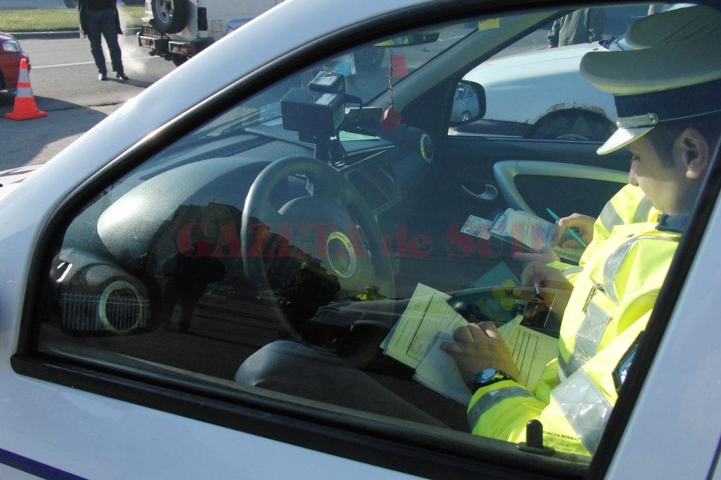 În ultimele două luni, polițiștii de la Rutieră l-au prins de șase ori pe Vrăjitoarea conducând fără permis