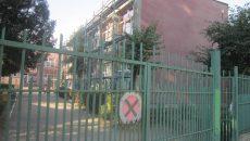 """Grădinița cu program prelungit """"Paradisul Copiilor"""" din Craiova are în derulare lucrări  de amenajare a fațadei (Foto: Carmen Rusan)"""