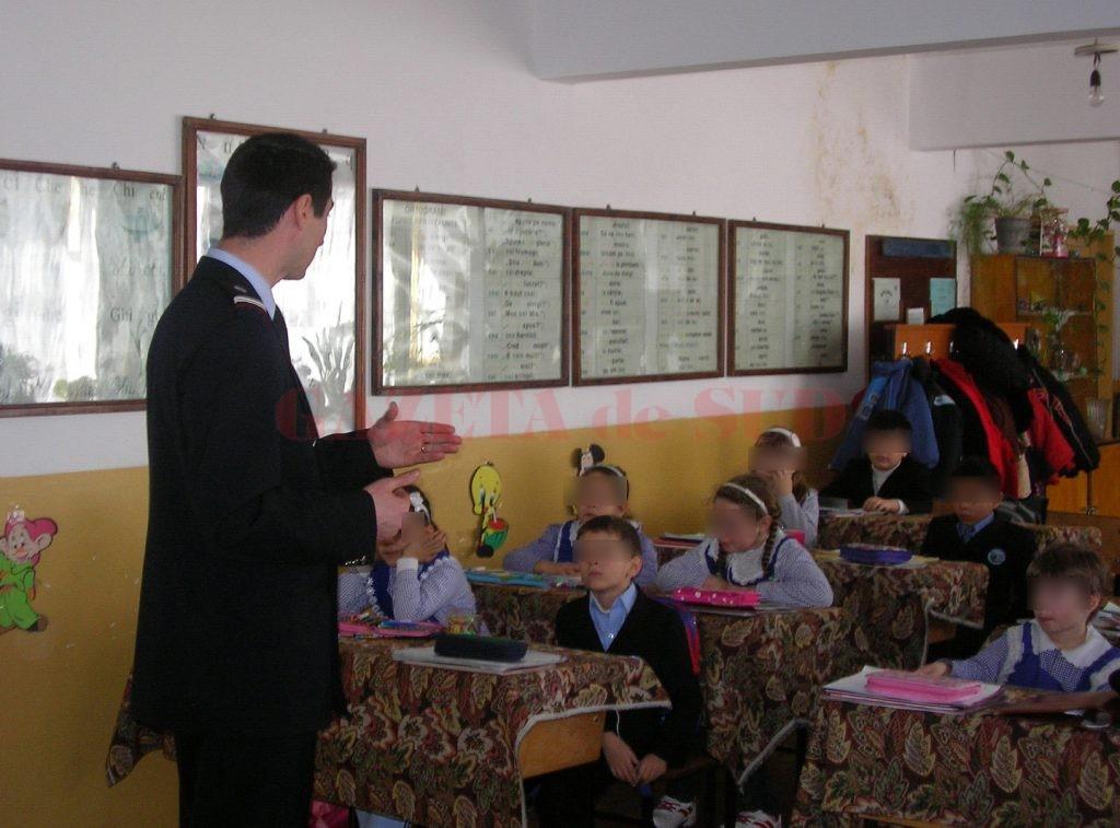 Zeci de școli nu au autorizație de la ISU (Foto: Arhiva GdS)