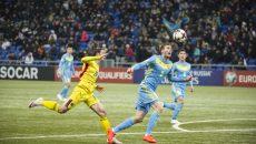 Bogdan Stancu (în galben) şi colegii săi au obţinut doar un punct la Astana (foto: frf.ro)