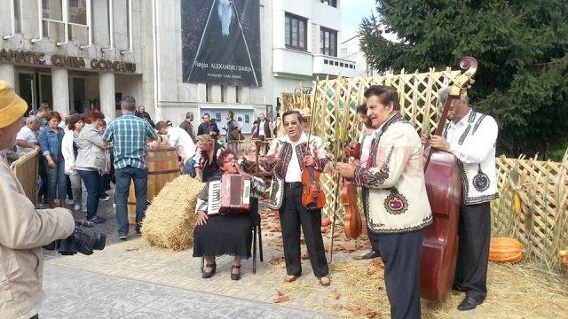 Au început pregătirile pentru Festivalul Toamnei