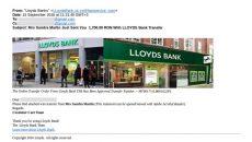 Confirmarea virării banilor în contul craioveanului părea că este emisă de Lloyds Bank, însă reprezentanții băncii au explicat că nu trimit niciodată astfel de e-mail-uri
