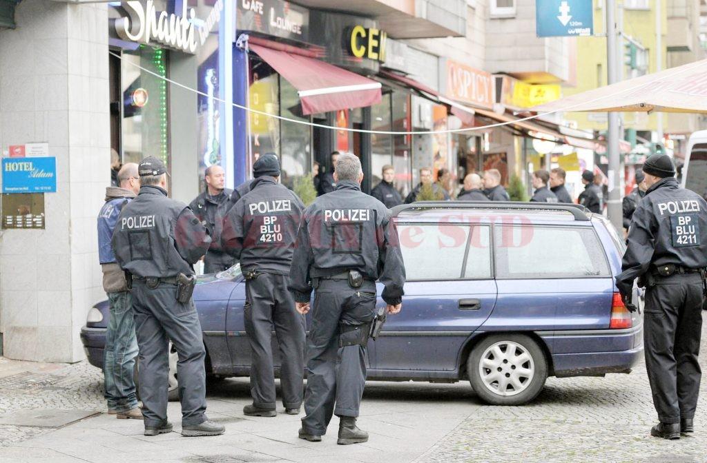 Polițiștii germani au descins joi la mai multe adrese din Berlin, în căutarea suspecților (Foto: tagesspiegel.de)